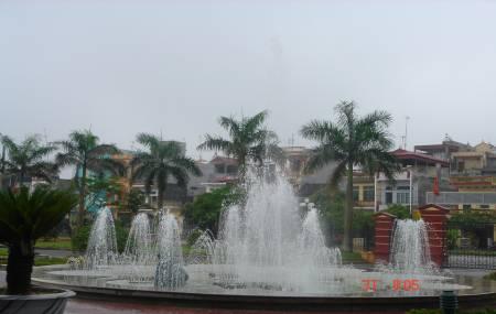 Đài phun nước tại UBND Tỉnh Hưng Yên
