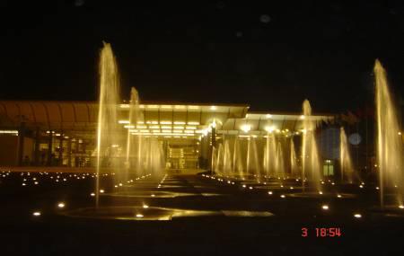 Đài phun nước Trung Tâm Hội Nghị Quốc Gia