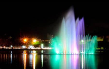 Đài phun nước Phao nổi hồ Vị Hoàng - TP Nam  Định