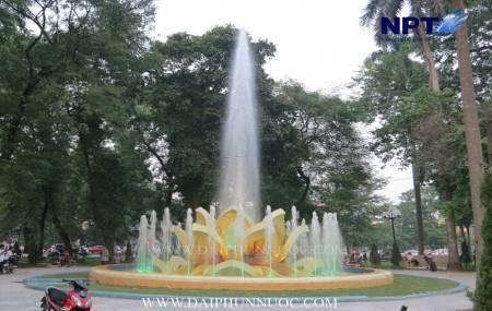 Công trinh đài phun nước  Bông Sen Vàng - tại Vườn Hoa Mai Xuân Thưởng - Quán Thánh /Thụy Khuê - Hà Nội đoạt giải thưởng thiết kế Quốc Tế
