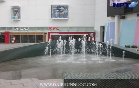 Đài phun nước tòa nhà Indochine - Cầu Giấy - Hà Nội