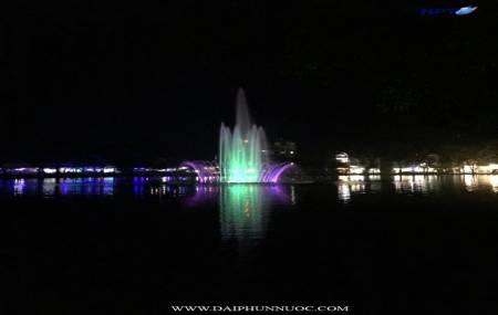 Đài phun nước trên phao nồi tại thị trấn Yên Thế - Lục Yên - Yên Bái