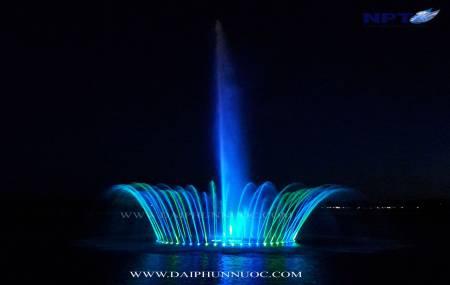 Công trình đài phun nước trên phao nổi tại khu đô thị mới Cái Dăm - P. Bãi Cháy - TP. Hạ Long - Tỉnh Quảng Ninh